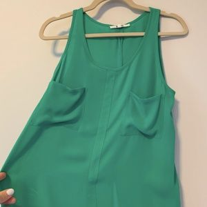 BB Dakota Silk Green Tank